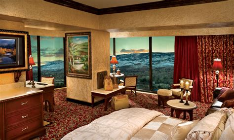 Tuscany Palace Suite   Peppermill Resort Hotel, Reno