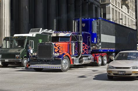 optimus prime peterbilt  truckers photo  fanpop