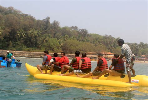 banana boat ride pictures photo gallery of banana boat rides explore banana boat