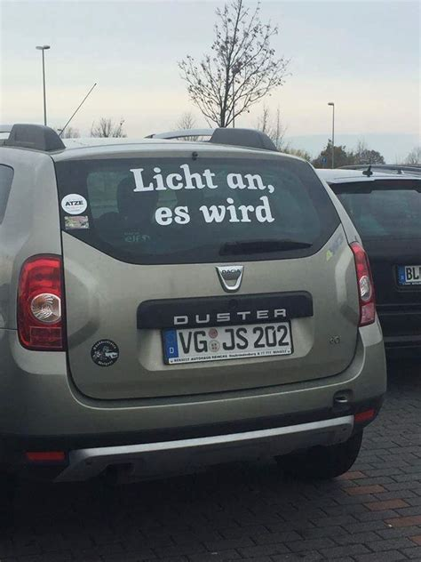 lights that turn on when it gets dark licht an es wird quot duster quot translation turn the lights on