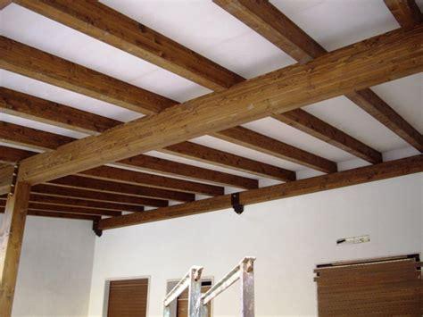 tetti per verande verande tetti strutture coperture soffitti in legno