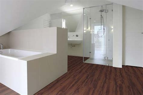 parkett badezimmer simple home design ideen yunz us - Ausgefallene Handtücher
