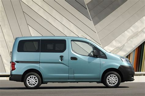 nissan nv fuel economy nissan nv200 technical specifications and fuel economy