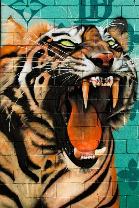 Wall Mural Painting Ideas this pin is a really cool graffiti art of a tiger