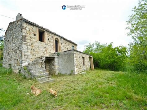 cottages for sale in italy cottage with land for sale in