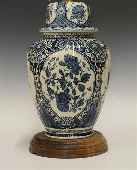White Jar Table Vintage Delft Blue And White Jar Table L The Howard