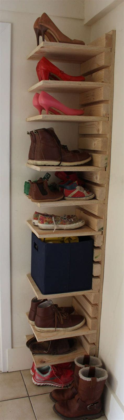 shoe shelf diy top 25 best shoe rack pallet ideas on shoe