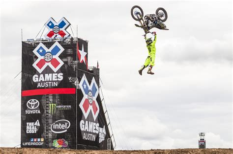 motocross dirt bike games monster energy fmx highrollers live webcast transworld