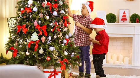 christmas tree decorating guide top tips for christmas tree decorating acta