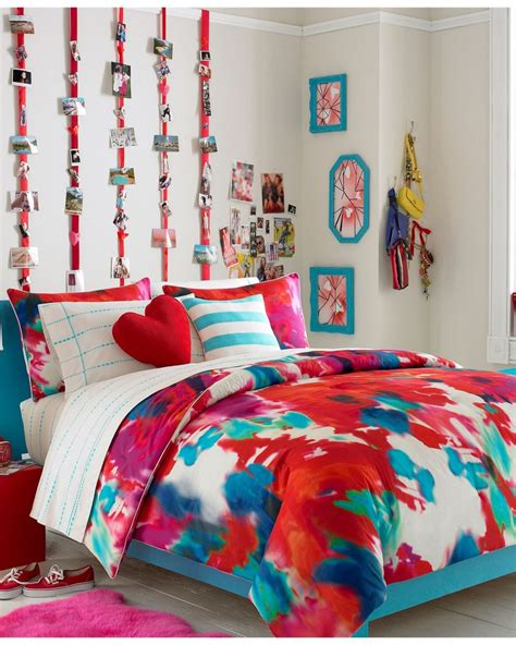 vogue bedroom ideas girls bedroom artistic girl teen bedroom decoration using pink red blue floral teen