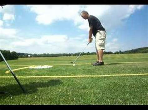 one handed golf swing left handed draw swing golf youtube