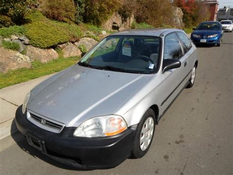 1998 honda civic dx hatchback 141 km s auto 4 cylinder