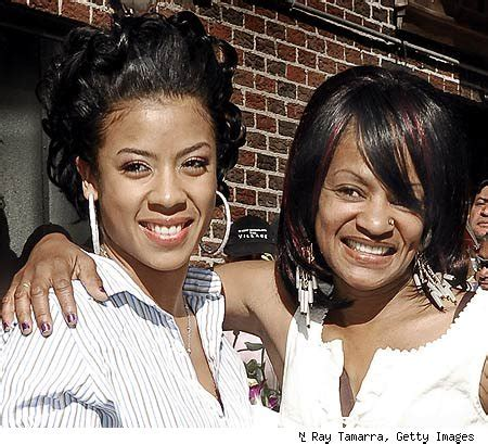frankie lons family therapy keyshia cole praises aunt for helping mom battle drug