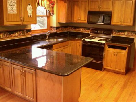Honey Oak Kitchen Cabinets With Black Countertops Kitchen Colors With Oak Cabinets And Black Countertops