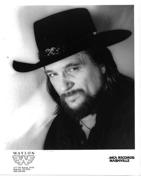 Waylon Jennings Profile