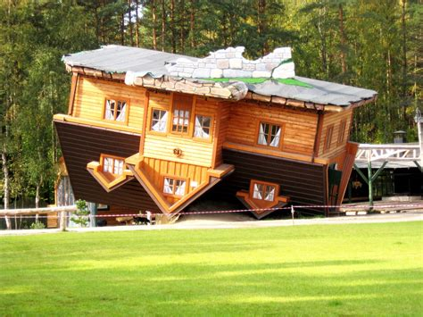 upside down house poland file an upside down house in open air museum szybmark