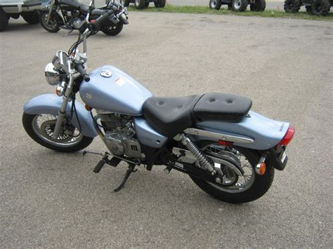 Suzuki Cruiser by Buy 2006 Suzuki Gz250 Cruiser On 2040 Motos