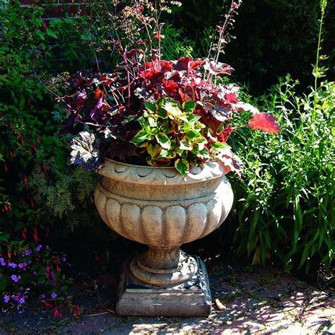 garden urns planters buckingham large garden urn garden urns pots planters