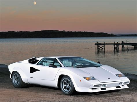 crashed lamborghini countach lamborghini countach white wolf of wall street