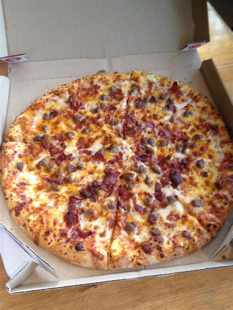 the eat beat the meat deatbeat domino s pizza on queen east every menu item at domino s ranked eat this not that