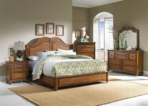 Cot Designs For Bedroom by 25 Traditional Bedroom Design For Your Home The Wow Style