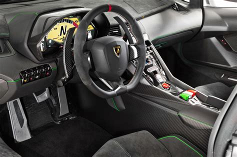 Lamborghini Veneno Interior 02 Photo 36
