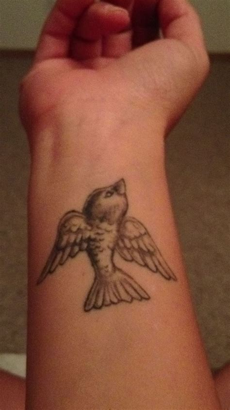 small bird tattoo on wrist small bird wrist tattoos