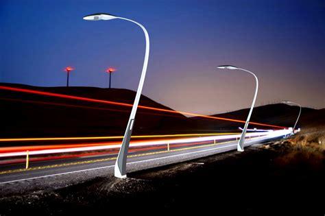 lights streets lights on l solar powered