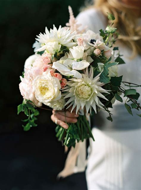 Best Wedding Bouquets in Vogue?Photos   Vogue