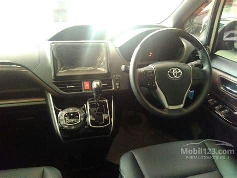 Jual Karpet Toyota Voxy jual mobil toyota voxy 2018 r80 2 0 di dki jakarta