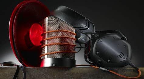 Headphone Canggih v moda headphone para dj berteknologi canggih okezone