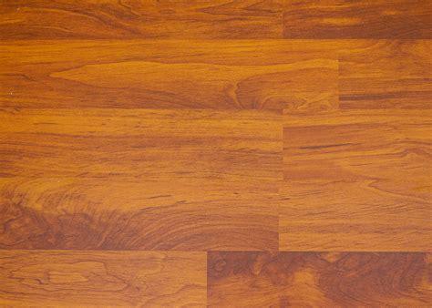 piso de pisos de madera laminados