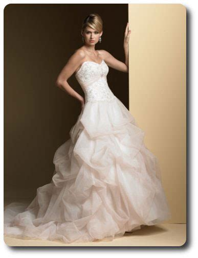 Wedding Dresses To Rent by Rent Wedding Dress