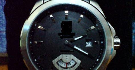 Masalah Jam Tangan Berembun tentang islam hukum memakai jam tangan di tangan kanan