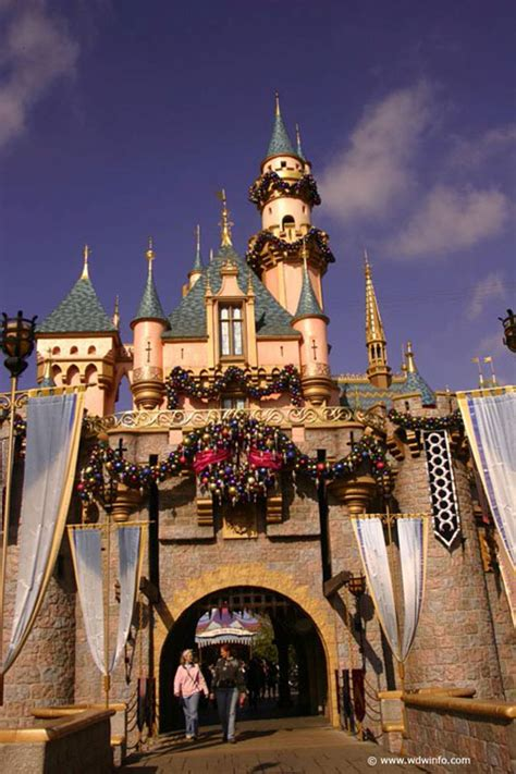 Decorations At Disneyland by Decorations At The Disneyland Resort Img 8655