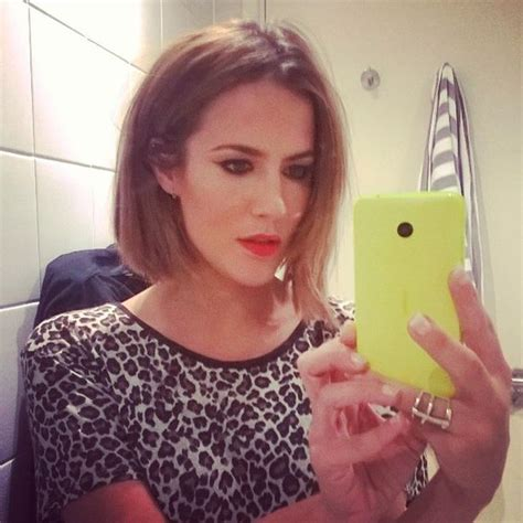 1set Tas Ck Lop Uk 28 24 caroline flack lops all hair as she prepares to the autumn months away on strictly