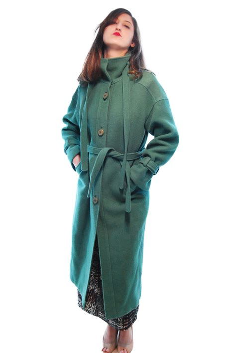 green sophisticated vintage coat for 1980s