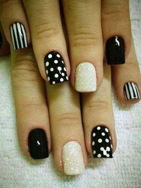 Nail Dots And Stripes