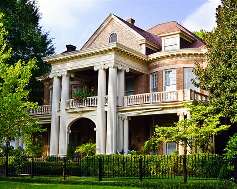 southern architectural styles 40 plantation home designs historical contemporary