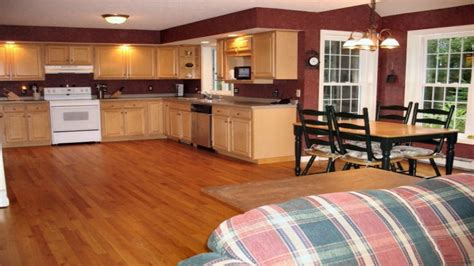 popular cabinet colors most popular paint colors for kitchen cabinets most