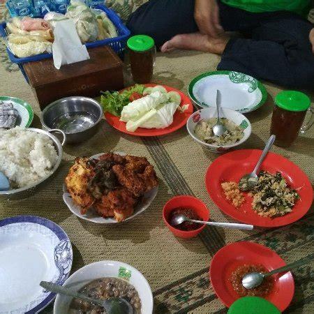 Ayam Panggang Gandu Magetan ayam panggang bu setu gandu photo de ayam panggang bu