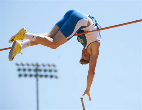 the pole vault chionship of the entire universe books pole vaulter mike woepse hopes to finish season on a