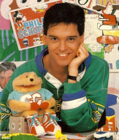 Andy Peters Broom Cupboard - phillip schofield to be reunited with gordon the gopher