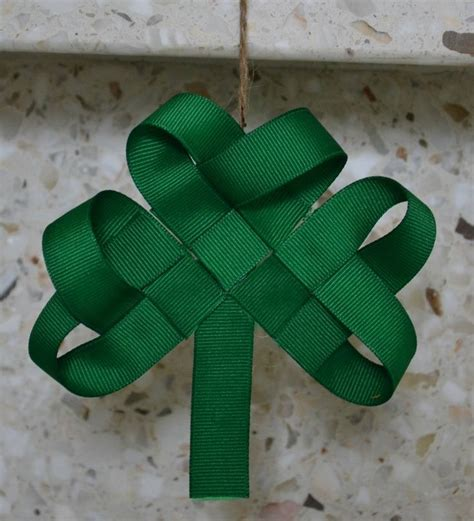 ribbon shamrock instructions woven ribbon shamrock craft pinterest