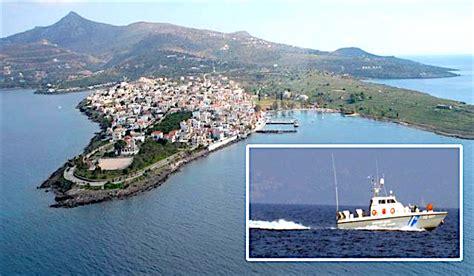 boat crash greece greece speedboat tourist vessel collision four dead