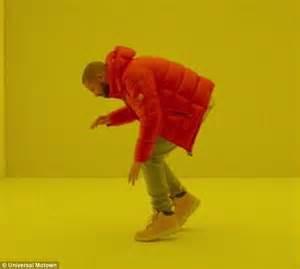 Drake Dancing Meme - drake s hotline bling video sparks social media frenzy