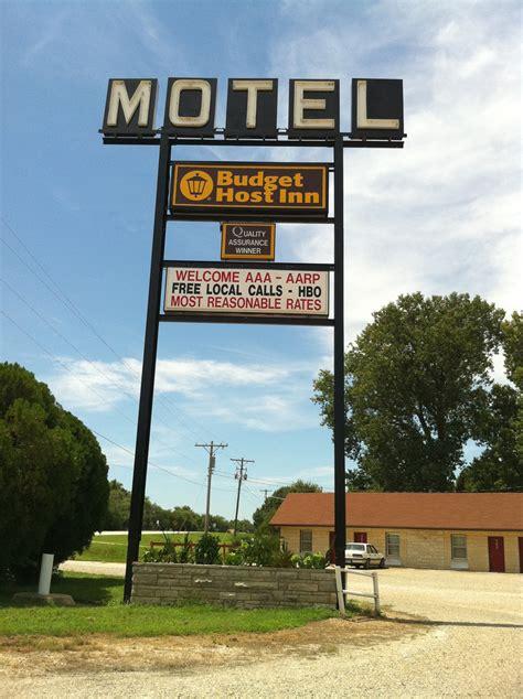 house of ma emporia ks emporia ks budget host inn sunrise motel historic remodeled sign emporia ks