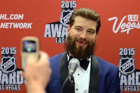 Playoff Beard Meme - look sharks brent burns still has hockey s wildest beard