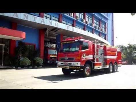 Pemadam Kebakaran Stop Mobil tes drive mobil pemadam kebakaran foumer