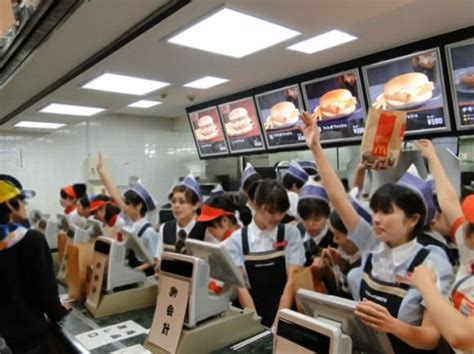 fast in japanese fast food service in japan vs america 2 tell the